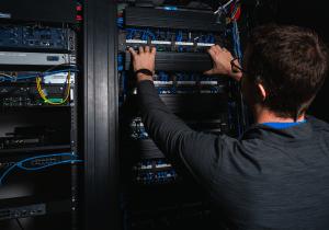bytespeed server